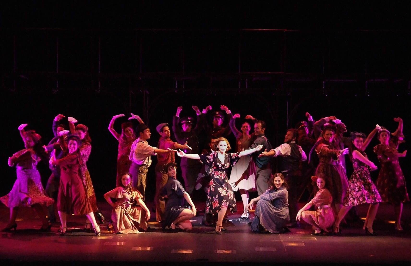 5-Star Theatricals | Reviews | Broadway in Thousand Oaks